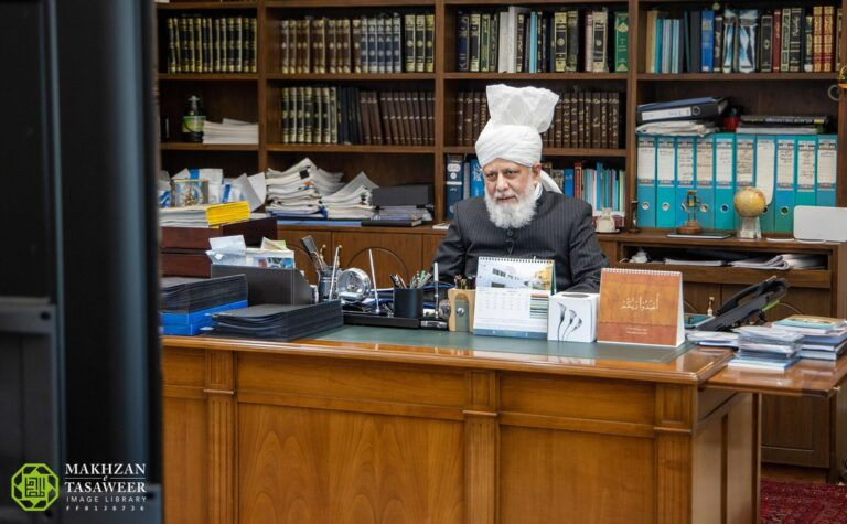 I have greater expectations from Lajna than from the men: Lajna Imaillah Nigeria meet with Hazrat Khalifatul Masih