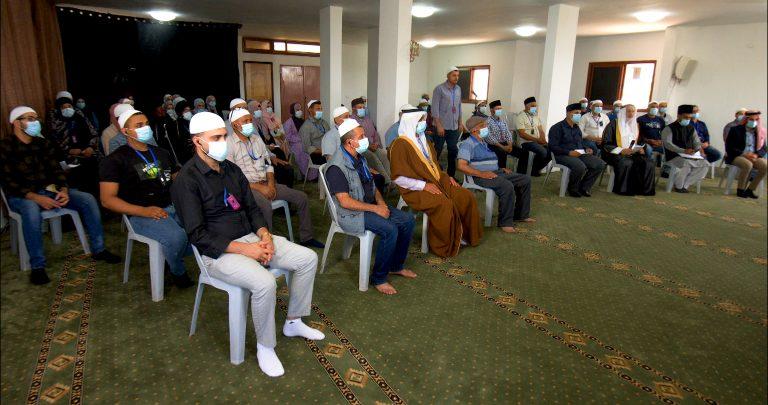 I love all sincere Ahmadis: Palestinian Ahmadis from the West Bank meet Hazrat Amirul Momineen