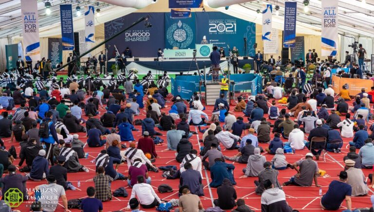 """""""As you leave the Ijtema today, you should do so with a firm and sincere intention to always speak the truth"""": Hazrat Khalifatul Masih V addresses concluding session of Khuddam UK Ijtema, 2021"""